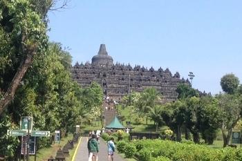 Candi Borobudur2_2.jpg