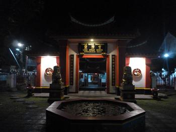 中国寺院.jpg