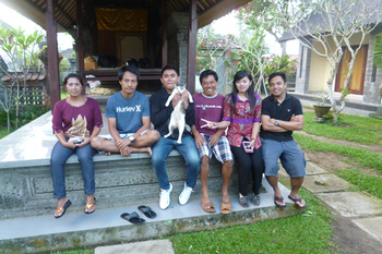 pacung-family1.jpg