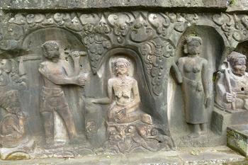 4司祭とその娘と婿.jpg