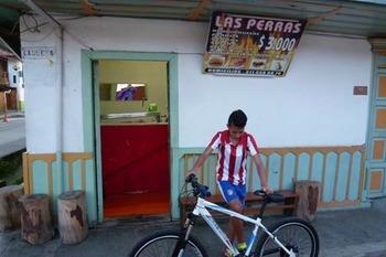 LAS PERAS1.jpg