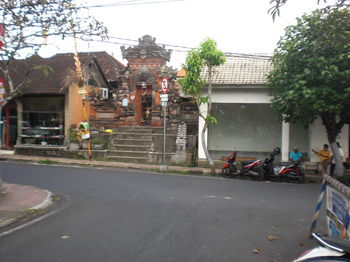 Padmasana3.jpg